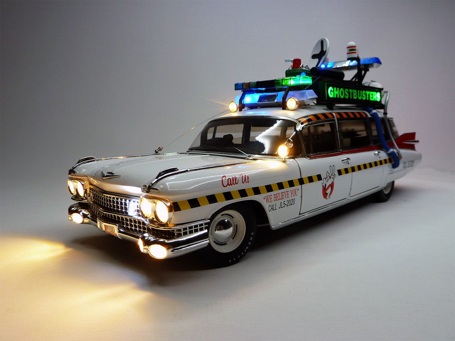 cadillac ghostbusters ecto 1. Black Bedroom Furniture Sets. Home Design Ideas